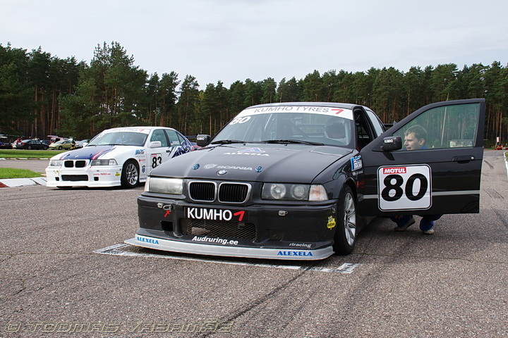 Bmw 325 Pictures Posters News And Videos On Your Pursuit Hobbies Interests And Worries